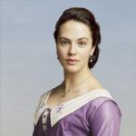 Sybil Crawley (Jessica Brown-Findlay)