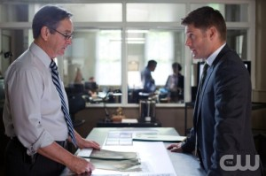 Detective Pike, played by Alan Ackles, and Dean