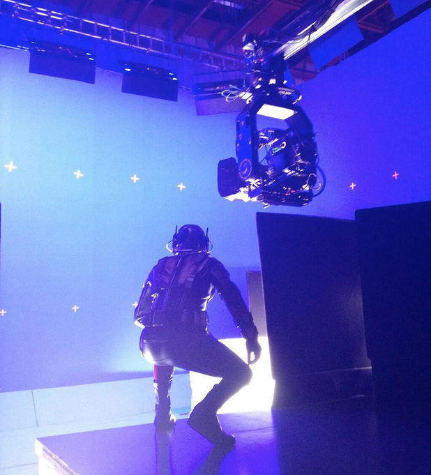 ant-man--behind the scenes of test footage with Ant-Man in costume
